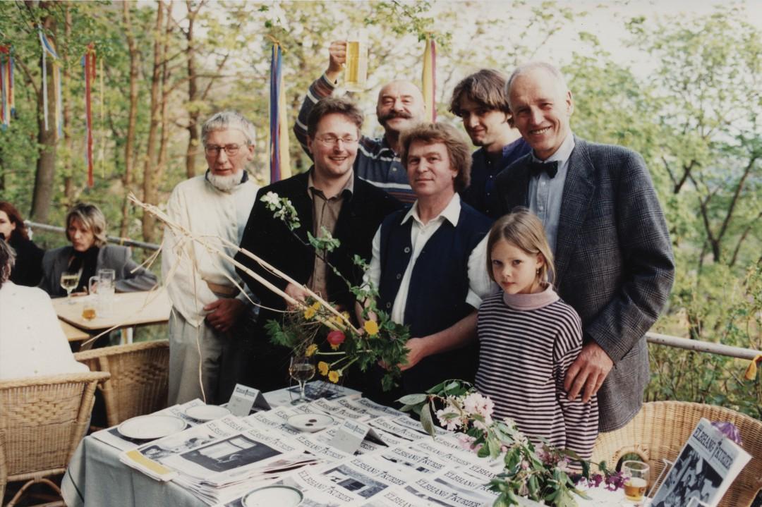 5 Jahre Elbhang-Kurier im Garten des Café Hausberg  v.l: Dietrich Buschbeck, Holger Friebel, Matz Griebel, Dieter Fischer und Hermann Krüger