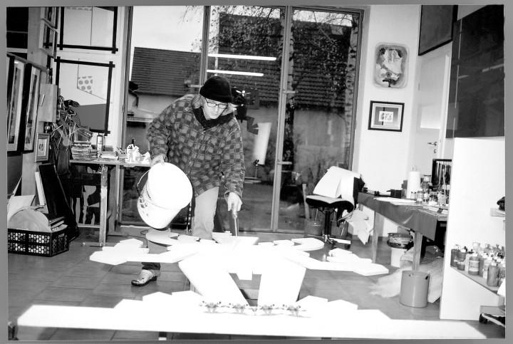Markuss Göpfert im Atelier in Rochwitz.  Foto: Jürgen Frohse