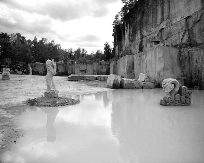 """Eine Plastik """"Die Welle"""" (siehe auch Titelfoto) des Wachwitzer Künstlers Klaus-Dieter Köhler soll entgegen bisherigen Aussagen nun doch aufgestellt werden. Foto:Michael Damme"""