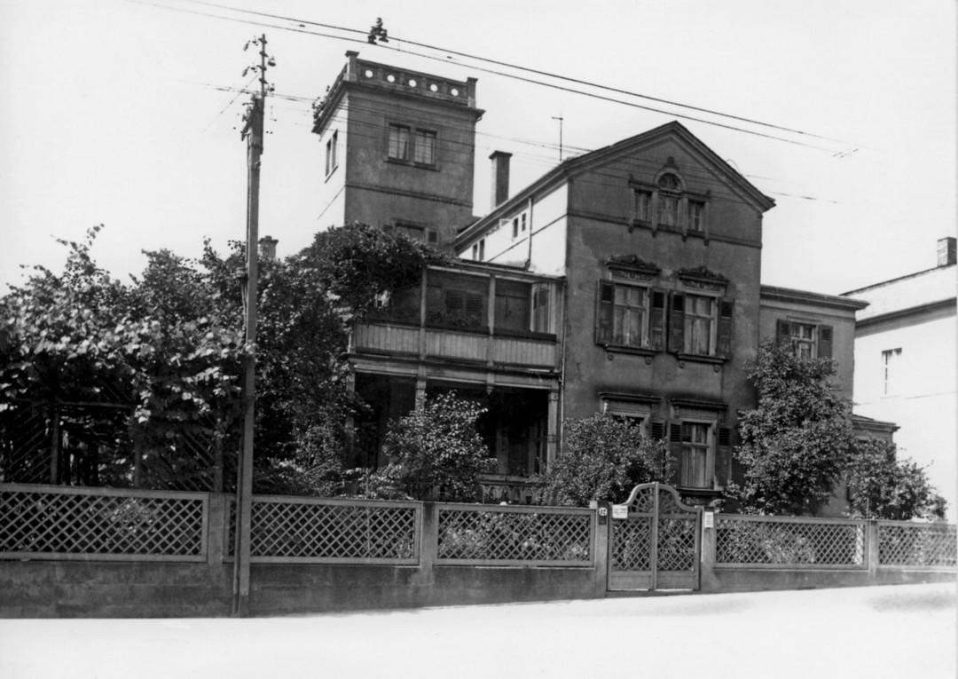 Pillnitzer Landstraße 12 bis 1945 Foto: Sammlung A. Perückhauer