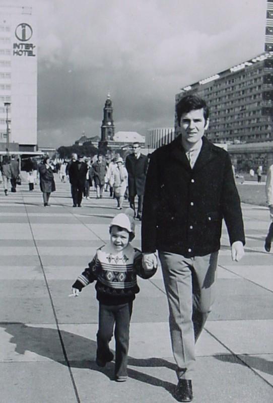 Oktober 1972, auf der neuen Prager Straße. Foto: Archiv Uwe Tellkamp