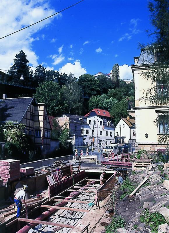 Sanierung der Grundstraße mit dem Trillekanal, 1999. Foto: Jürgen Frohse