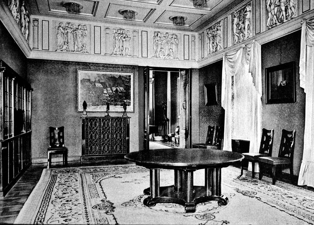 Im ehemaligen Speisezimmer Lingners, das zur Zeit restauriert wird, entsteht die erste ständige Lingner-Ausstellung. Foto: Sammlung Förderverein Lingnerschloss