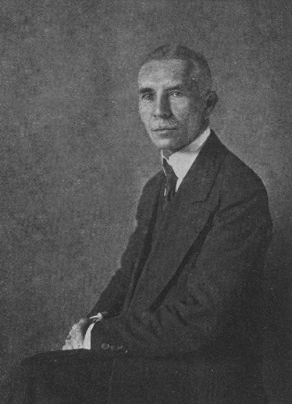 Der Schriftsteller Kurt Martens, um 1920. Foto: Sammlung  Dr. Dirk Heißerer, München