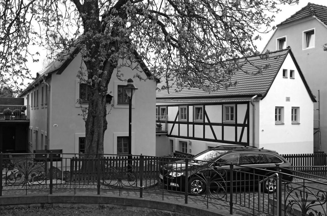 Liebevoll saniert: Die Häuser Friedrich-Wieck-Straße 17 und 19. Foto: Jürgen Frohse