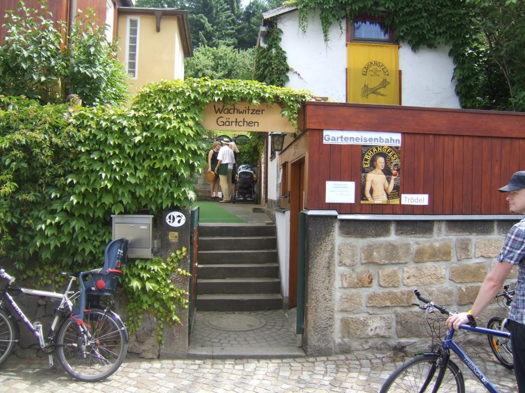 Eingang zur vielbesuchten kleinen Bahn.  Foto: Sonja Bernstengel
