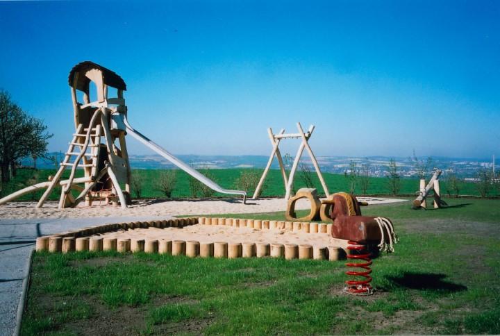 Neuer Spielplatz in Rockau. Foto: Jürgen Frohse