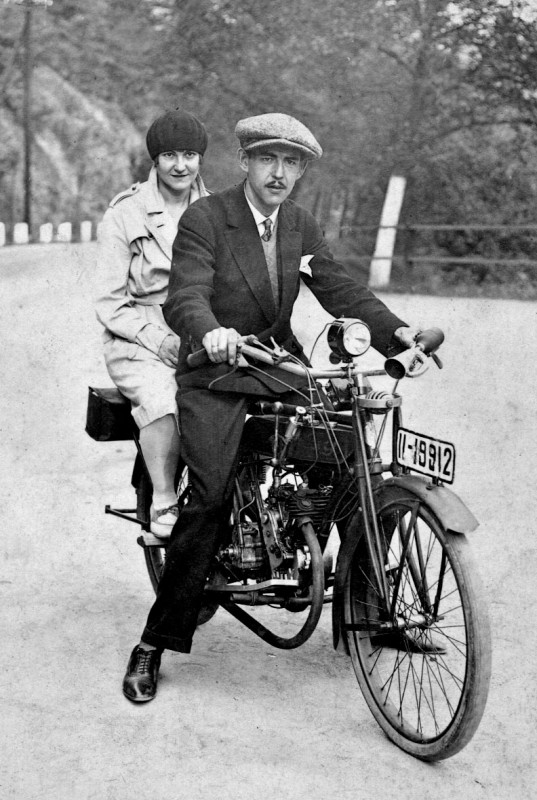 Sie war eine begeisterte Motorradfahrerin. Foto: Ludwig Reimann