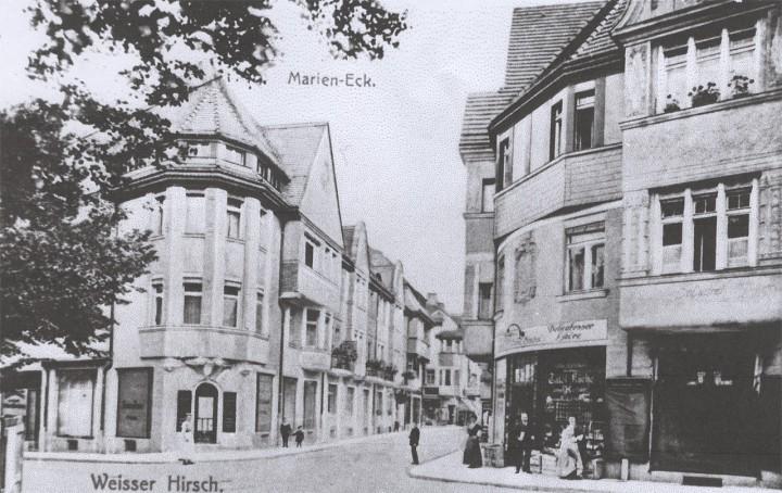 Collenbuschstraße / Lahmannring um 1900 Im Gebäude links befand sich Friseur Krause, später Harand