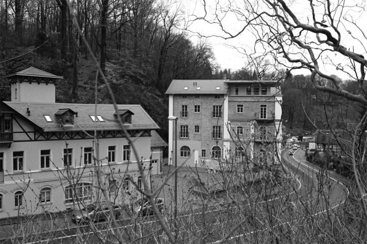 Die sanierte Loschwitzer Brauerei mit ausgebautem Dachgeschoss. Foto: Jürgen Frohse