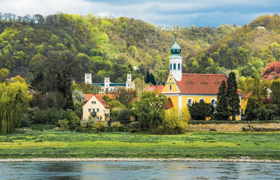 Kirche »Maria am Wasser« in Hosterwitz Foto: Siegfried Großmann